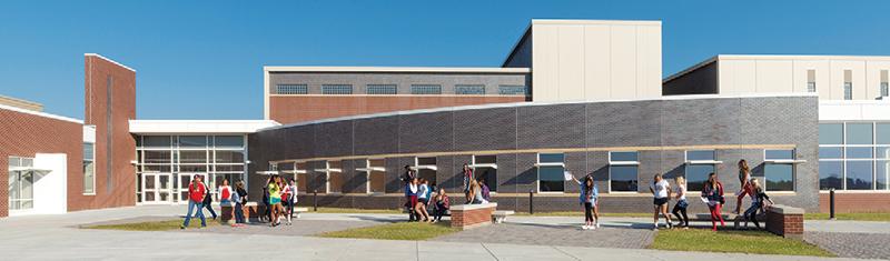 P16 WesclinHighSchool