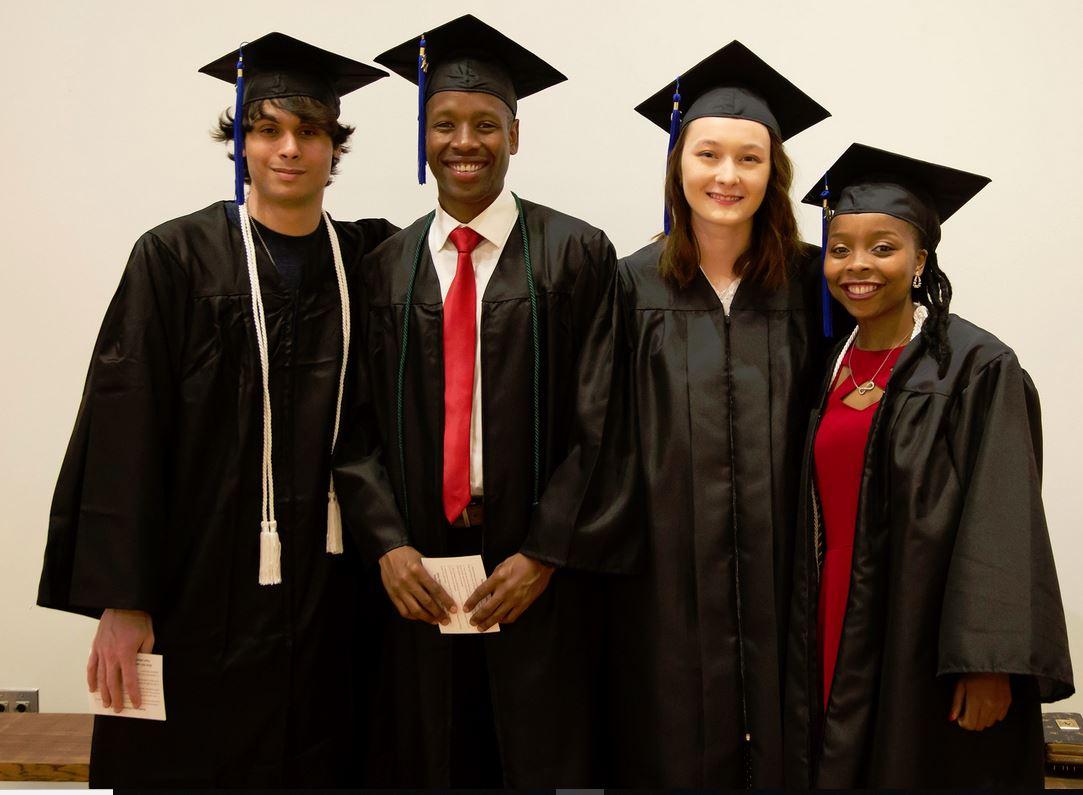 lewisandclarkgraduation2019